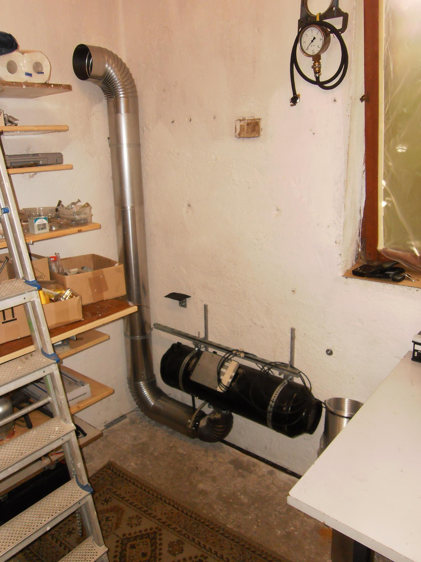 manta garage finsing es ist kalt macht doch nichts. Black Bedroom Furniture Sets. Home Design Ideas